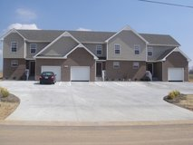 RENTAL  APARTMENTS  AT FORT CAMPBELL in Fort Campbell, Kentucky