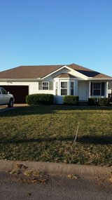 Updated, Cute, Cozy, 3bdr, 2ba, 2car in Clarksville, Tennessee
