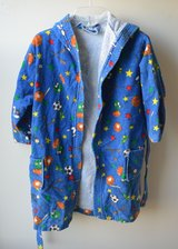 Childs Hooded Bath / After Swim Robe Size Large (6-8) in Bolingbrook, Illinois