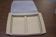 Tupperware divided container + lid in St. Charles, Illinois