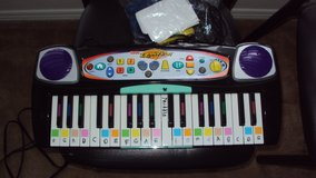 Fisher Price I Can Play Piano System in Spring, Texas