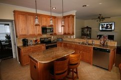 Cabinets all wood wholesale prices 3 to 7 days 910-340-0556 $30% to 50% Less tha in Camp Lejeune, North Carolina