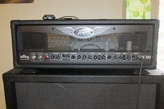peavey valve king HD 100 and cabinet in Fort Leonard Wood, Missouri