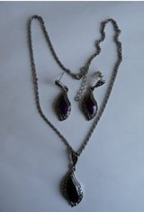 REDUCED Ruby Necklace Set (new) REDUCED in Spangdahlem, Germany