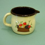 DECORATED GRANITEWARE SQUATTY PITCHER ~  FTD 1986 HARVEST DECAL ~EUC~ in St. Charles, Illinois