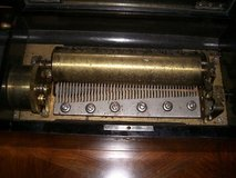 VICTORIAN SWISS 10 TUNE CYLINDER MUSIC BOX BY DEALER in Spangdahlem, Germany