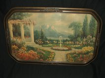 Elegant Antique Picture Frame in Chicago, Illinois