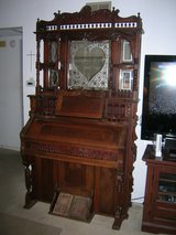 1889 Reed Organ / Piano Chicago USA The Lakeside in Camp Pendleton, California