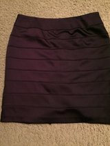 (Sz 12) CUTE, SKIRT (deep purple) in Baytown, Texas