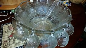 Vintage Punch Bowl Set in Fort Campbell, Kentucky