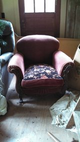 horse hair stuffed chair in Dover, Tennessee