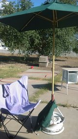 Fold up chair with case in Alamogordo, New Mexico