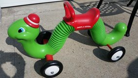Radio Flyer Inch Worm in Fort Campbell, Kentucky