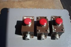 EMERGENCY STOP & PUSH BUTTON ASSEMBLIES in Chicago, Illinois