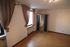 Preist ~Move in Ready! 3 Bd/1.5 Bath Duplex House + Garage in Spangdahlem, Germany