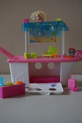 Polly Pocket Party Boat Adventure in Naperville, Illinois