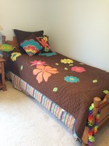 Girl/Teen Bedding w/ Accessories in Oswego, Illinois