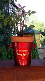 Red French Champagne bucket. in Ramstein, Germany