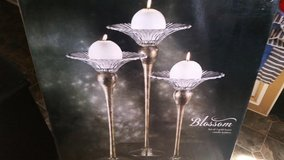 New / Gold Luster 3 Piece Candle Holder Set in Clarksville, Tennessee