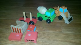 15PC Melissa & Doug Wood Construction Car Puzzle in Chicago, Illinois