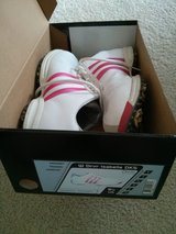 Adidas Ladies 9.5 golf shoes in Chicago, Illinois