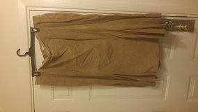 SKIRT EXCELLENT CONDITION in Alamogordo, New Mexico
