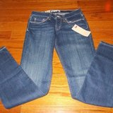 ***REDUCED***BRAND NEW***Ladies Skinny Fit LEVIS***SZ 3 in Cleveland, Texas