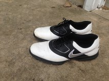 Mens Nike Golf Shoes Size 13 in St. Charles, Illinois