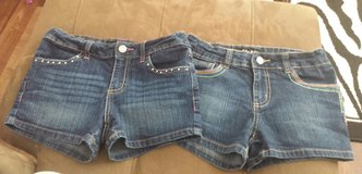 girls shorts size 10 in Fort Irwin, California