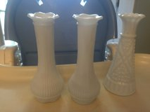 Old bud vases milk glass pair in Camp Lejeune, North Carolina