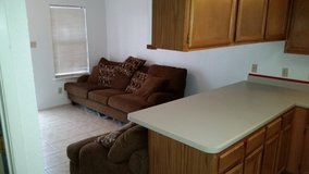 1523 Ref AC. Patio, Living Room, One Bedrooms and FUll Bath {PET FRIENDLY} in Alamogordo, New Mexico