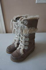 Girls Furry Boots Size 12 in Naperville, Illinois