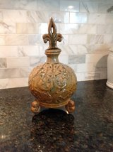 Decorative Fleur de Lis Accent Vase in Plainfield, Illinois