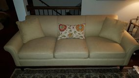 Nice couch in Naperville, Illinois