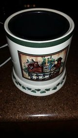 Ceramic Electric Candle Warmer in Fort Campbell, Kentucky
