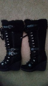 aldo lace wedge boots size 8 in Yorkville, Illinois