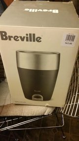 New / Breville Stainless Steel Electric Wine Chiller in Fort Campbell, Kentucky