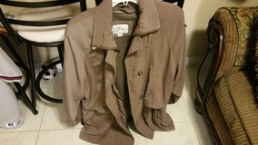Woman Coat Reduce in Fort Polk, Louisiana