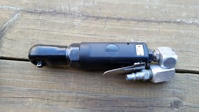 """Aircraft tool* Sioux 1/4"""" drive ratchet + air fitting in Byron, Georgia"""