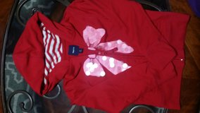 Gap Kids Jacket size 6-7 for girl in Clarksville, Tennessee