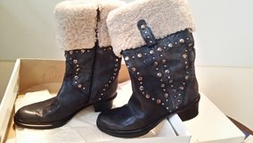 leather boots size 6. high end made in Spain samples in Ramstein, Germany