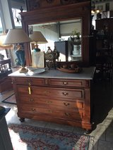 many new arrivals at Angel Antiques in Ansbach, Germany