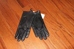 ***BRAND NEW***Ladies BLACK Leather Gloves*** in Kingwood, Texas