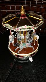 Mr. Christmas Single Deck Merry Go Round in Fort Campbell, Kentucky