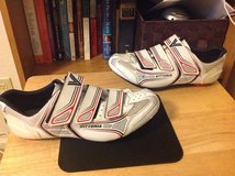 VITTORIA CYCLING SHOES SIZE 42 in Fort Bragg, North Carolina