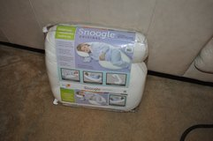 "~*LeAcHcO ""SNOOGLE"" ToTaL BoDy PiLlOw*~ in Fort Lewis, Washington"