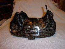 #12 GUESS  HOBO PURSE BLACK AND GOLD in Fort Hood, Texas