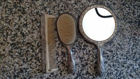 Vintage Ornate Silverplate 3 Piece Vanity Set Brush Comb Mirror in Fort Campbell, Kentucky