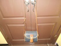Dooney Bourke Authentic Vintage All Leather Cross-Body Shoulder Bag W/Wallet in Spring, Texas
