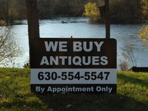 WE BUY ANTIQUES in St. Charles, Illinois